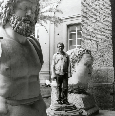 Damien Hirst, Museo Archeologico Nazionale, Napoli, 2004