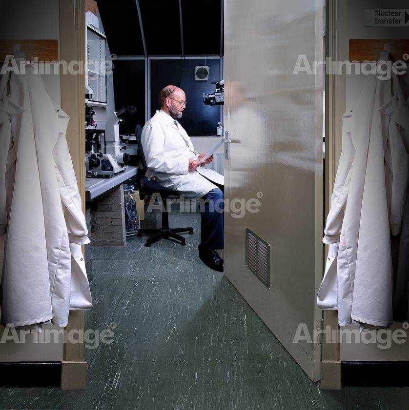 Enlarged version of Team Leader Ian Wilmut in his laboratory at The Roslin Institute, 2002