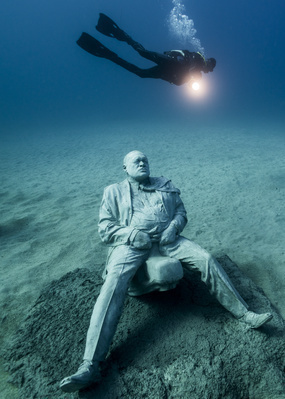 Deregulated, Lanzarote, Museo Atlantico, 2017 By Jason deCaires Taylor