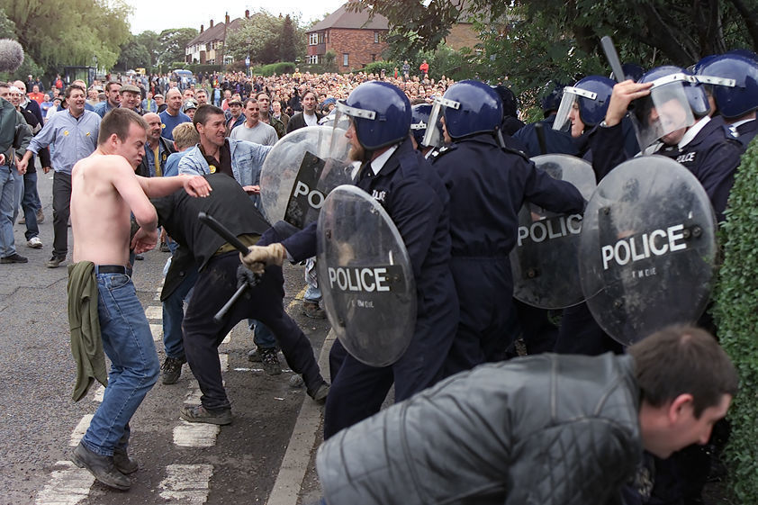 Jeremy Deller's re-enactment of the Battle of Orgreave, 17 June 2001