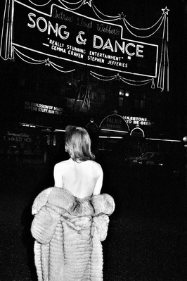 Song and Dance, London by night, 1983