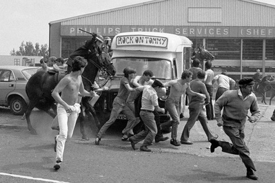 Miners pickets and mounted police at Orgreave during the min...