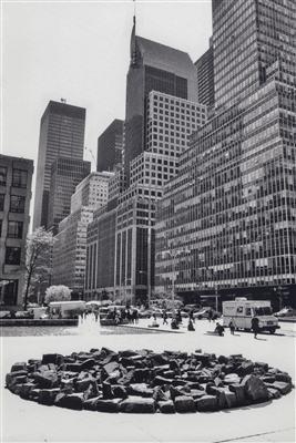 Brownstone Circle, 2000 By Richard Long