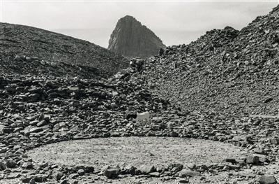 Hoggar Circle, 1988 By Richard Long